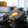 Manual tilting furnace
