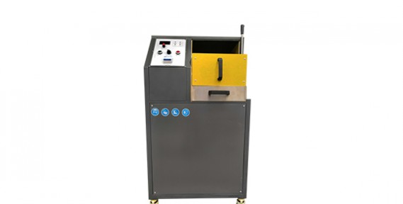 Cost-effective 10kg Gold Melting Furnace Manual Tilting Machinery