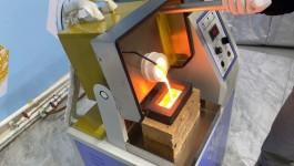 1-15kg manual tilting metal melting furnace