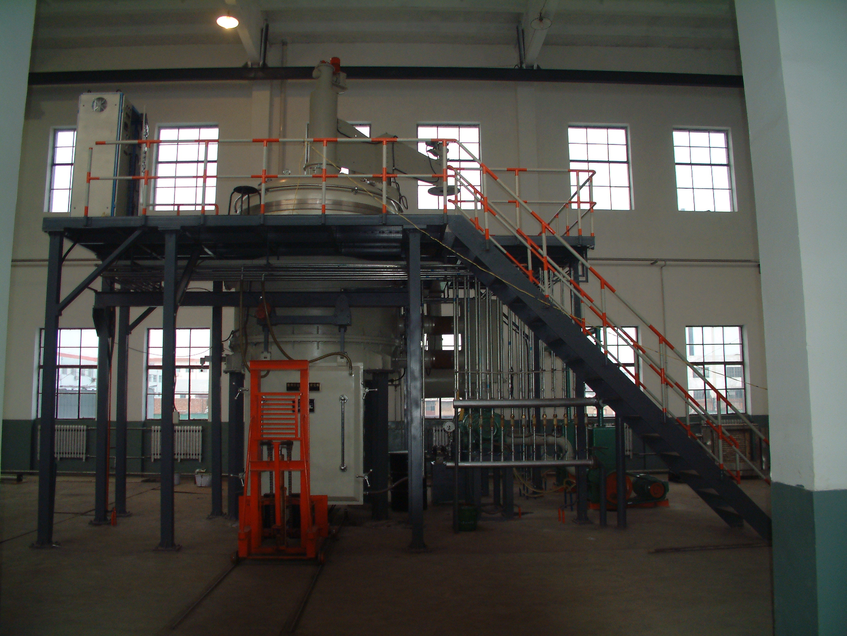 Semi-Continuous Vacuum Induction Melting Furnace3